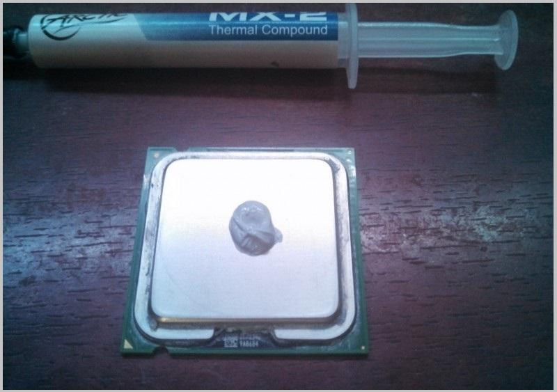 недостаточном охлаждении процессора